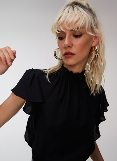 People By Fabrika Fırfırlı Bluz Siyah